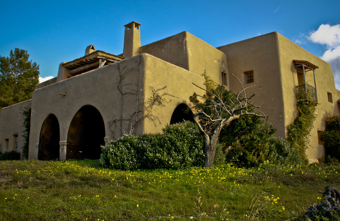 Ibiza building plots Old Ibiza finca and farm estate for sale - farm house and ruins